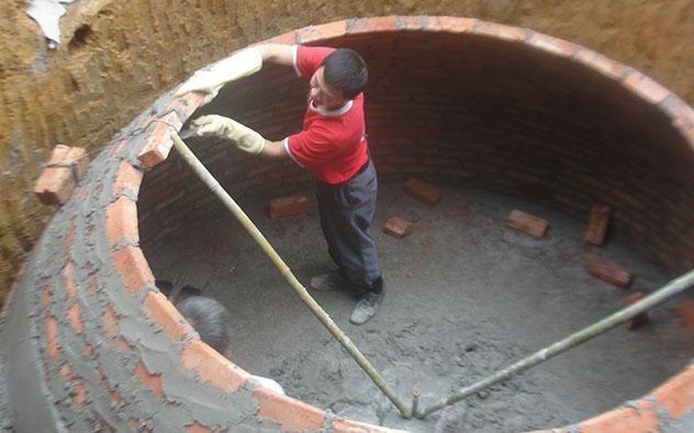 xay hầm biogas bằng gạch